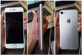 Iphone 7 silver 32 gb 3.800.000 nego tipis