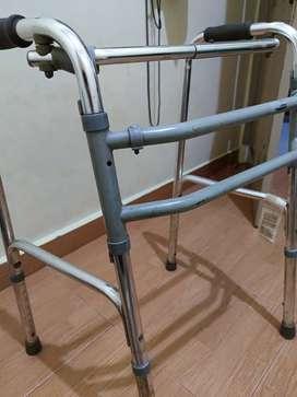 Alat Bantu Jalan Walker Tanpa Roda Tongkat Fisioterafi Walker Lansia