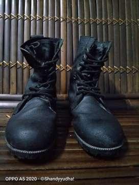 Sepatu PDL TNI size 41