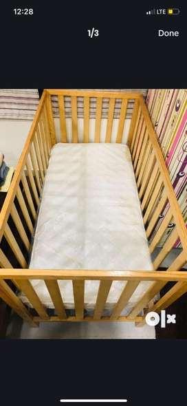 Kids cot 3.5 yrs used