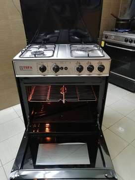 Large Size Imported Stuff (3 Burners with Awesom Baking Quality)