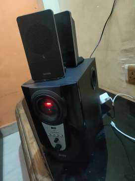 Intex speaker 2Year old good condition