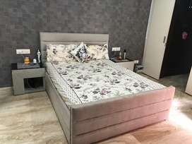 Itlalian double bed