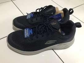 Sepatu Skechers Bounder Voltis Laki laki original