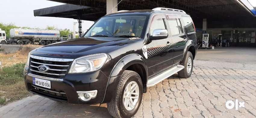 Ford Endeavour 3.2 Titanium AT 4x4, 2010, Diesel 0
