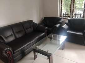 Sofa and chairs Damro looking as New within warrenty