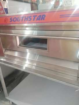 Pizza oven south star, Fryer, Delivery Bags.