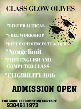 Teacher Training course + Training and Job Offer