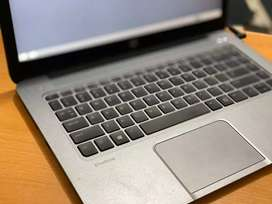 Hp elitebook 1040G2 RAM 8 UDAH SSD