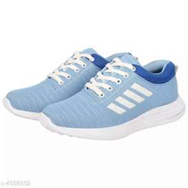 New attractive Men's sports shoes