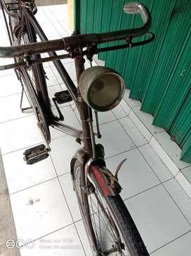 Sepeda onthel jawa