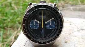 Ori 70s Seiko black Bullhead 6138-0040 chronograph omega heuer oris