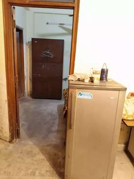 One room set on rent shahinbag