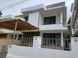 Iringadanpalli 4bhk house for rent