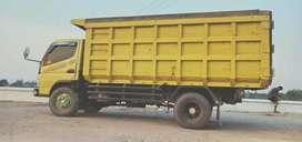 Jual truk tahun 2008