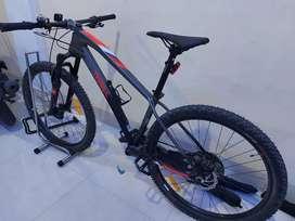 Sepeda MTB THRILL RAVAGE 1.0 Tahun 2020 size M