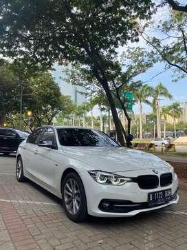 BMW F30 Sport 320i