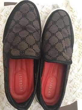 Preloved sepatu  Everbest