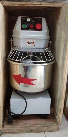 Spiral mixer/pengadon roti SAT-HS10 merek starfood