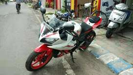 2014 model Yamaha r 15 v 2 showroom condition all paper update