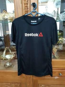 Reebok black size L 100%Ori