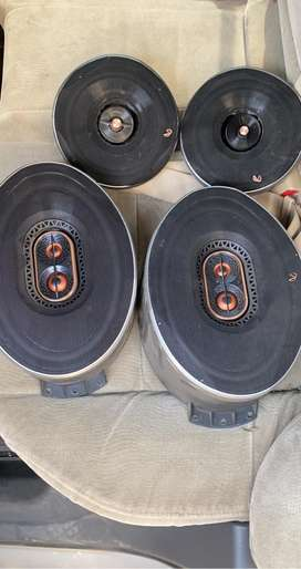 4 speake jbl infinity refrence good condition 1 month old in 8000 only