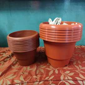 Set of PLANT POT.