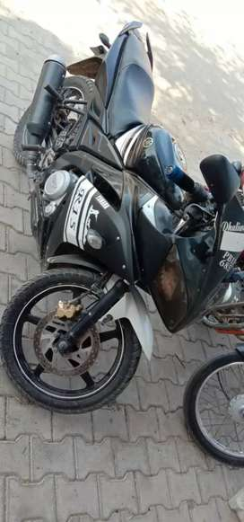 R15 very good condition model 2011