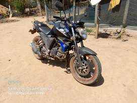 Yamaha FZ in good condition...Self start, no kicker