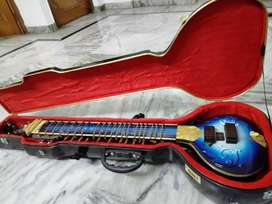 Zitar, Electric Sitar good condition,Fibre Case, Two Cables, Zoom G1X