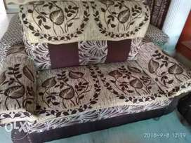 Good condition 7- seater sofa set for sale