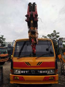 Jual mobil crane 7 ton