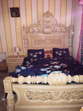 King size 1 beautiful bed