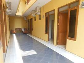 Kost Yellow House