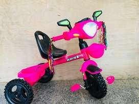 Kids tricycle heavy duty plastic
