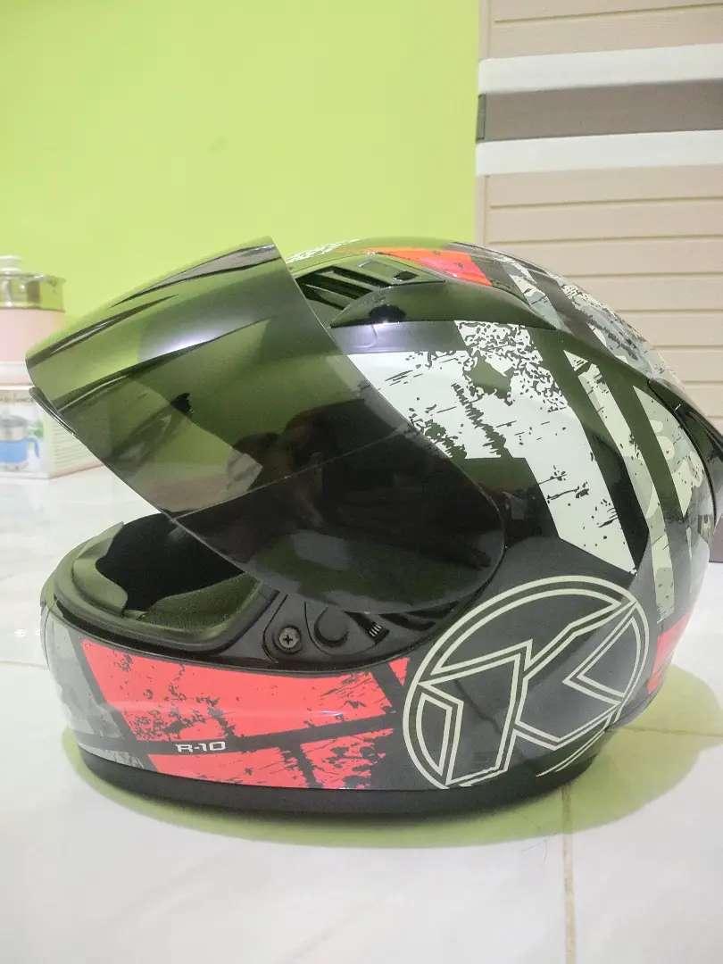 HELM KYT FULL FACE R10 RED FLUO BLACK SERI 3