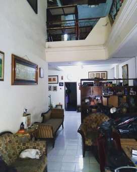 Dijual Rumah hitung tanah di Rungkut Harapan