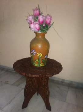 Wooden hand crafted stand with flower pp