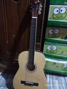 Gitar kapok senar nye masih ori