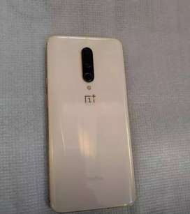 Gratitude condition of Oneplus mobile with accessories.