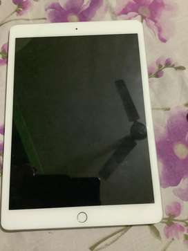 Ipad grey only used for 5 days