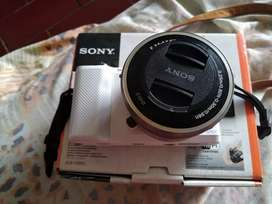 Camera Sony mirrorles alpha a5000
