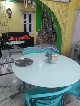 Attractive full furnish house for girls PG, with essential amenities.