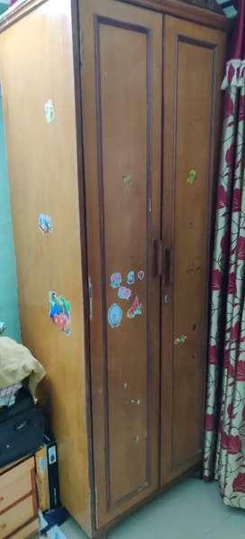 Cupboard woden 7ft