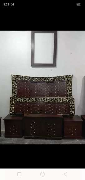 Bed side table drising