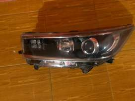 Head lamp innova type Q