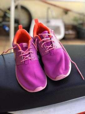 Nike Airmax Juvenate Pink