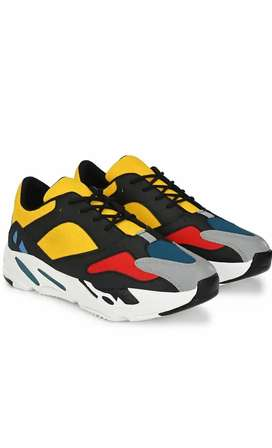 Men's shoes only 650