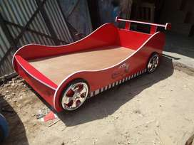 Red car bed 4 kids