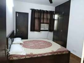 1 BHK builder floor in Saket